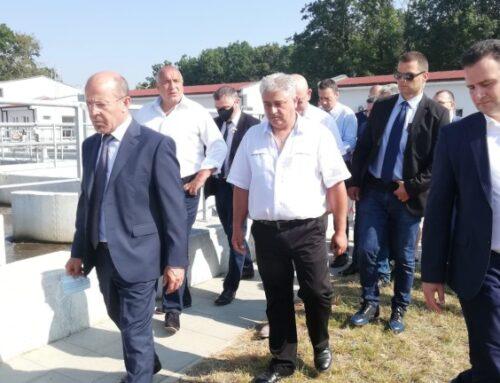 Бойко Борисов:Предоставяме им на хората най-чистото море