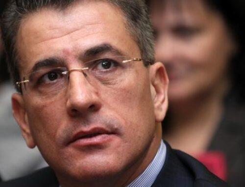 От трибуната на Общинския съвет Тодор Попов призова политическите лидери и депутатите