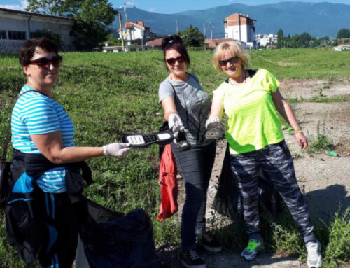 Общински съветници чистиха в Кюстендил